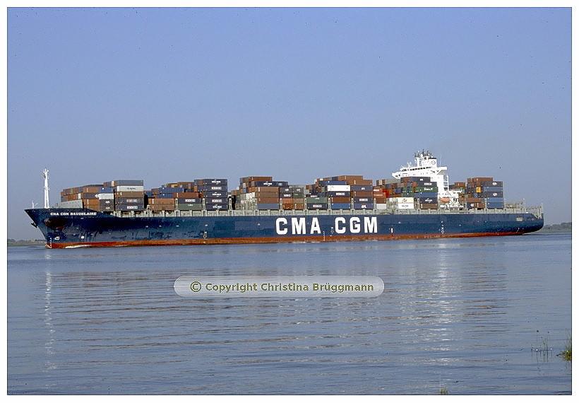 """""""CMA CGM BAUDELAIRE"""" im auf der Elbe - 2005"""