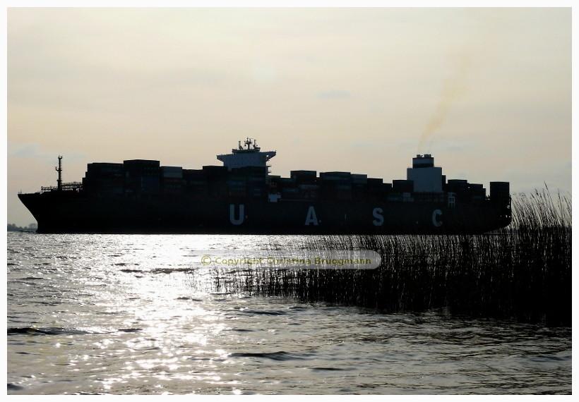 """AL RIFFA"" auf der Elbe 08.04.2015"