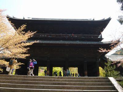 有名な南禅寺三門