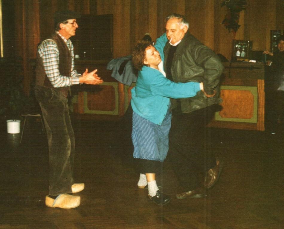 Hinter der Bühne: Heinrich Gilster, Gertrud Ballerstaedt, Heinz Schäfer