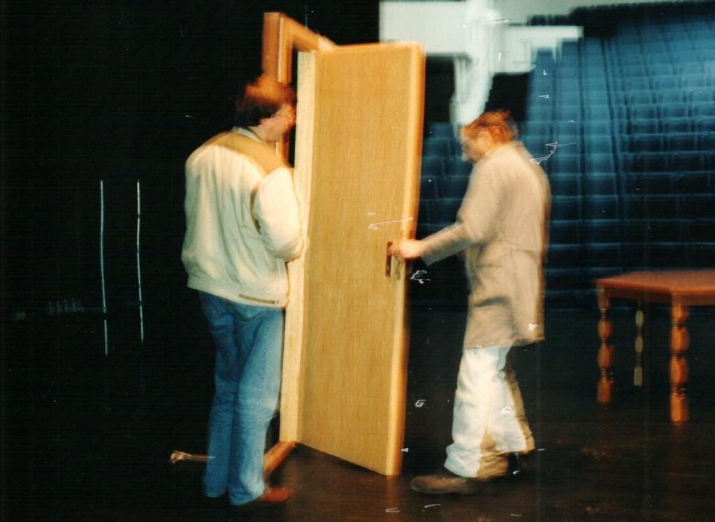 Beim Aufbau: Dirk Reineke, Hans-Georg Kunkel