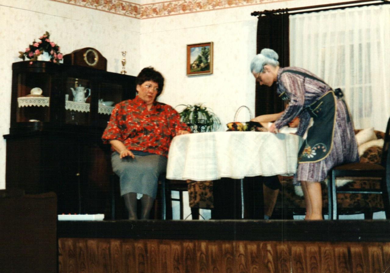 Gertrud Ballerstaedt, Birgit Brügesch