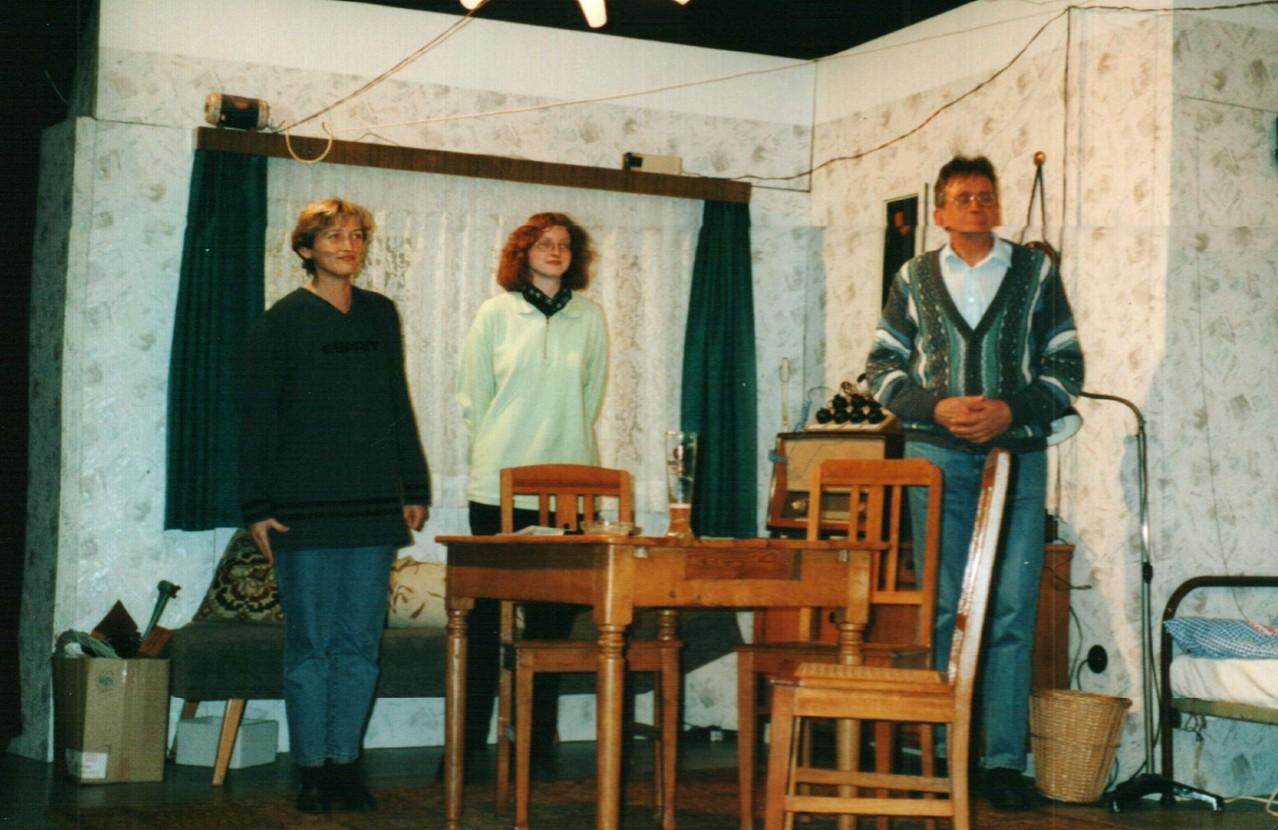 Bei der Probe: Brigitte Krumdieck, Iris Engelke, Heinrich Gilster
