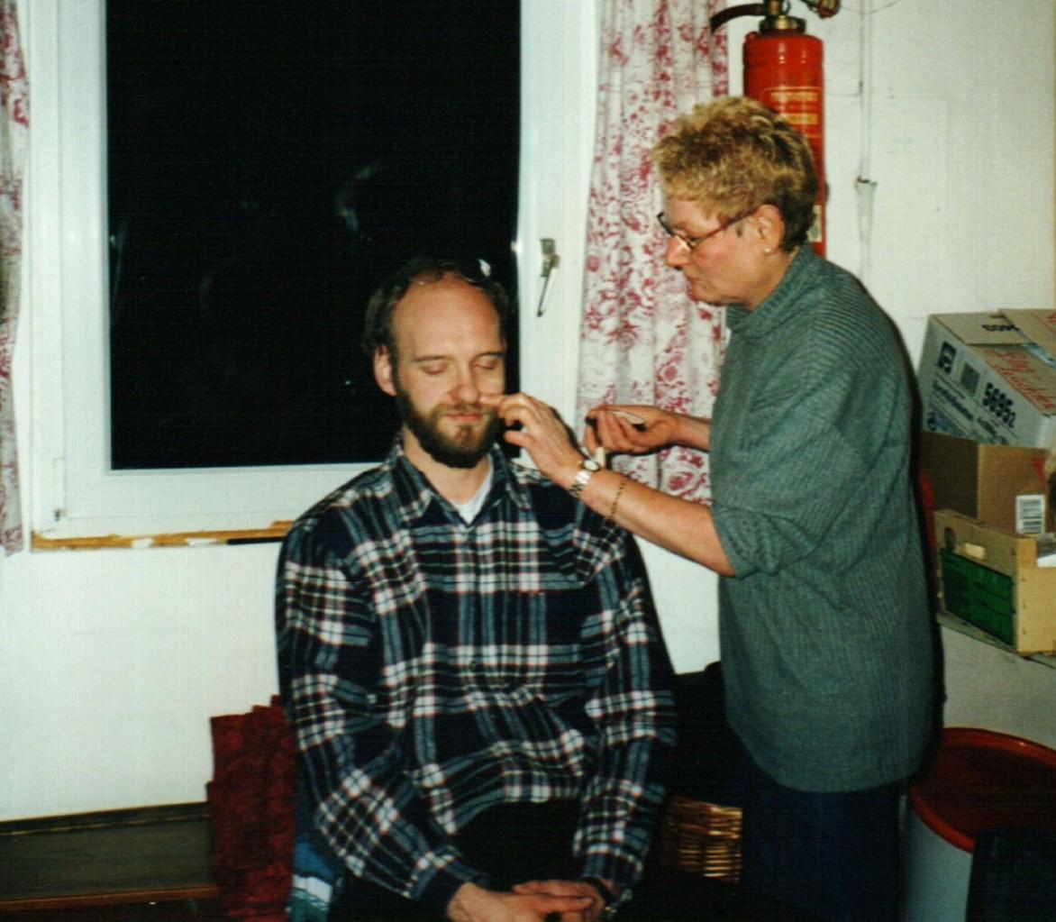 Hinter der Bühne: Gerald Egler, Dorlis Finke
