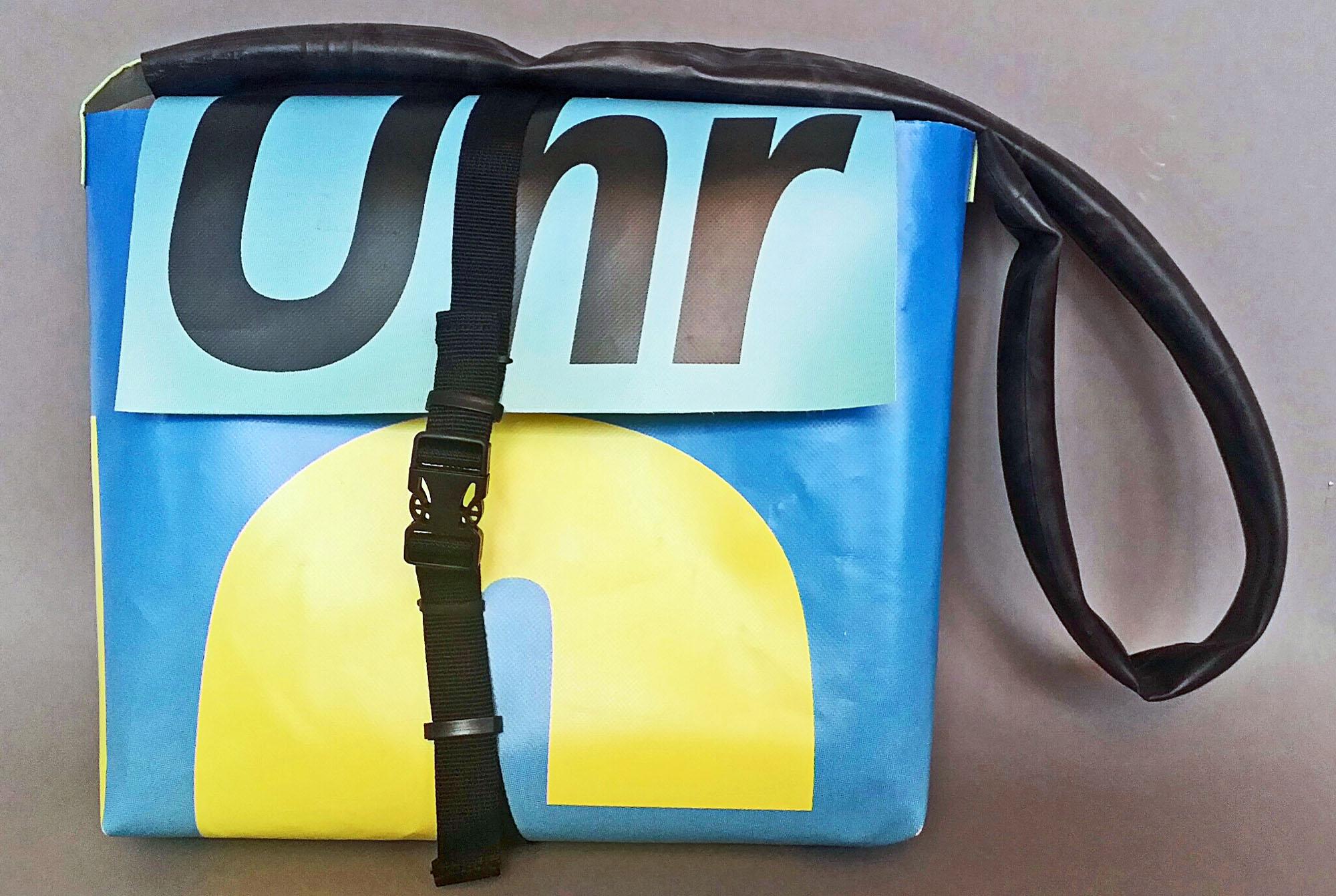 Schoolbag 1 - aus Werbebanner