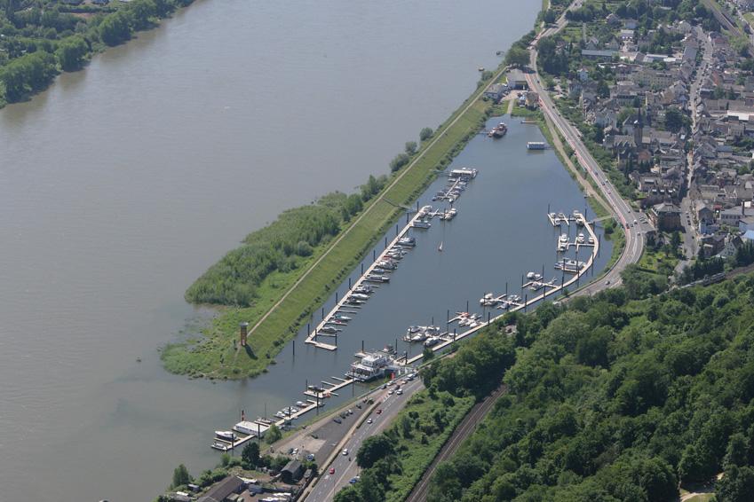 Luftbild  Oberwinter Yachthafen
