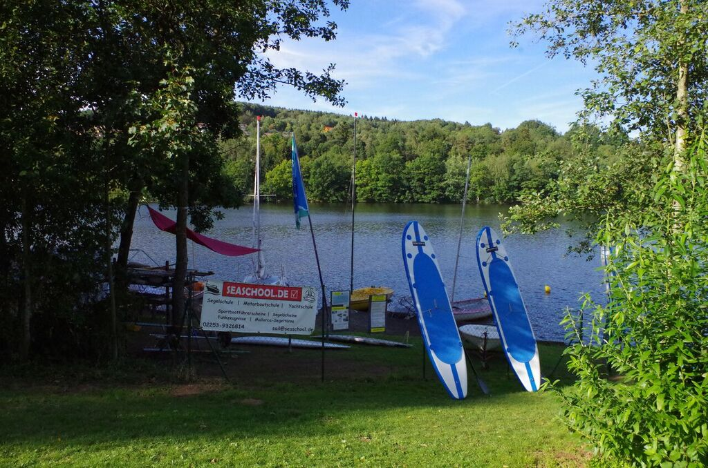 Wassersport und Segeln in der  Eifel
