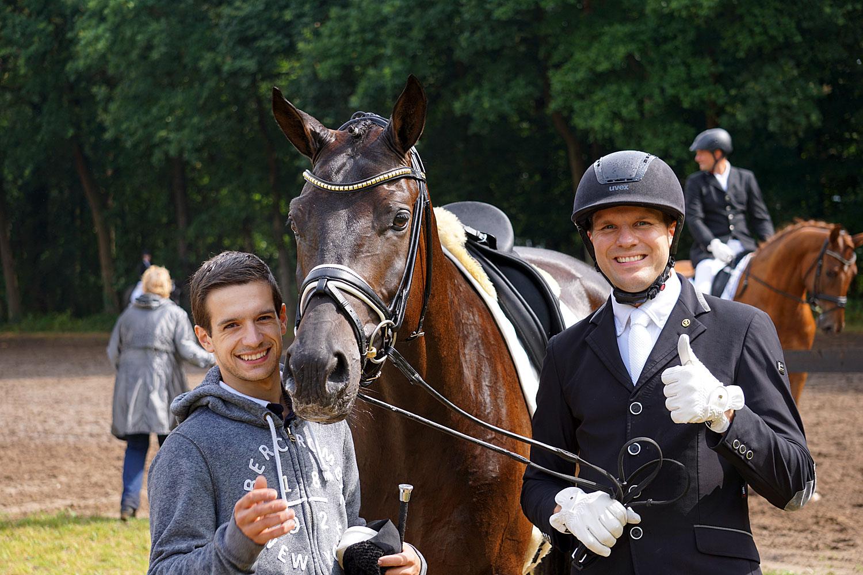 Vicent & Matthias freuen sich über den Erfolg