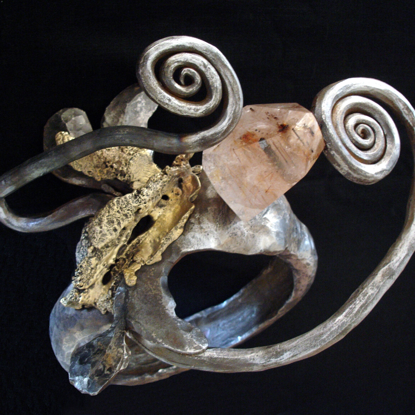 """Bague 49"" - Fer pur, Bronze, Quartz rutile - 36 x 30 cm Arnaud Elisabeth"