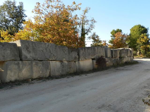 Carrière de pierre du Luberon