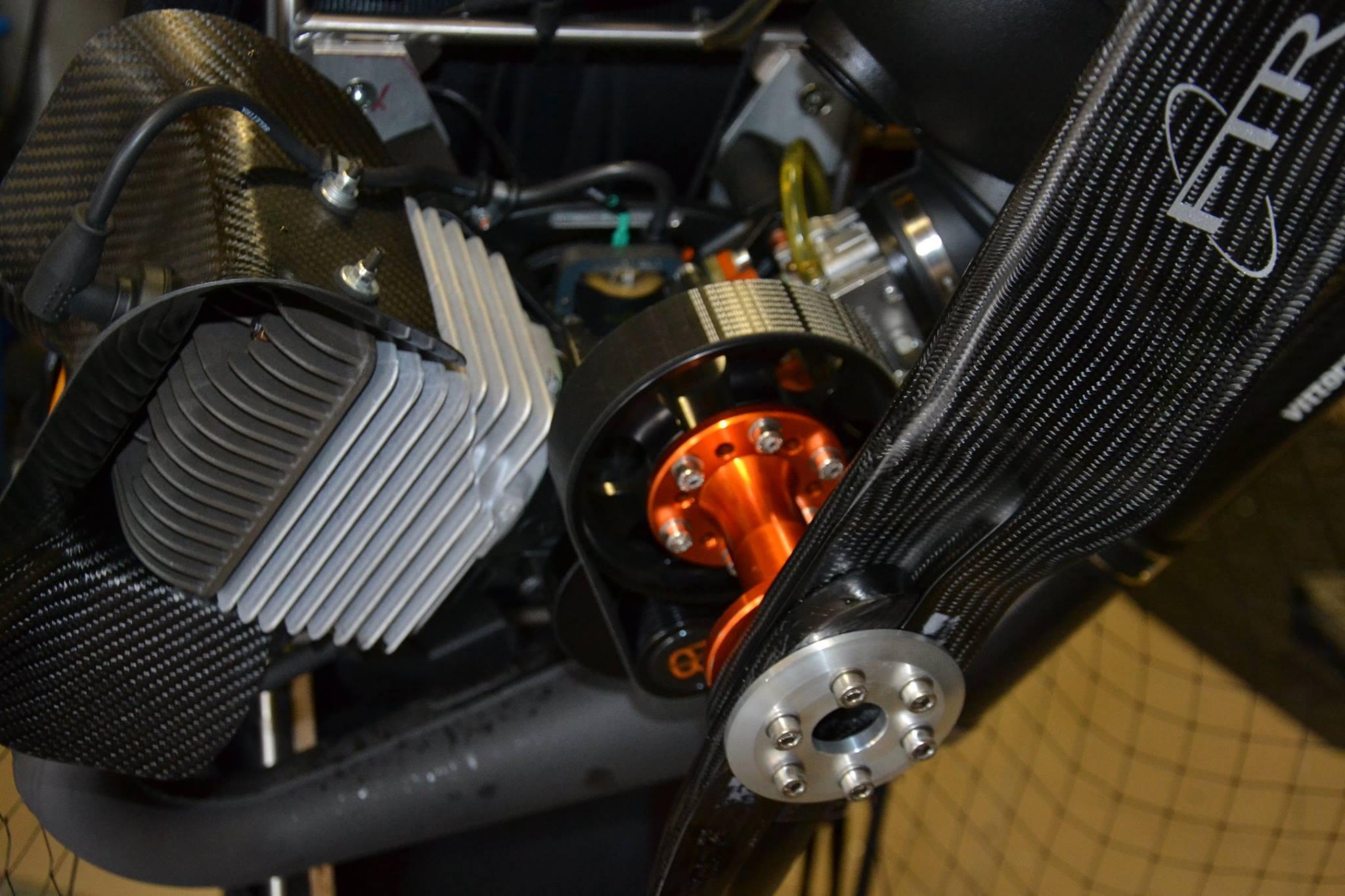 Vittorazi Moster 185 PLUS - mit Spezial Getriebeuntersetzung und E Starter + Carbonhaube