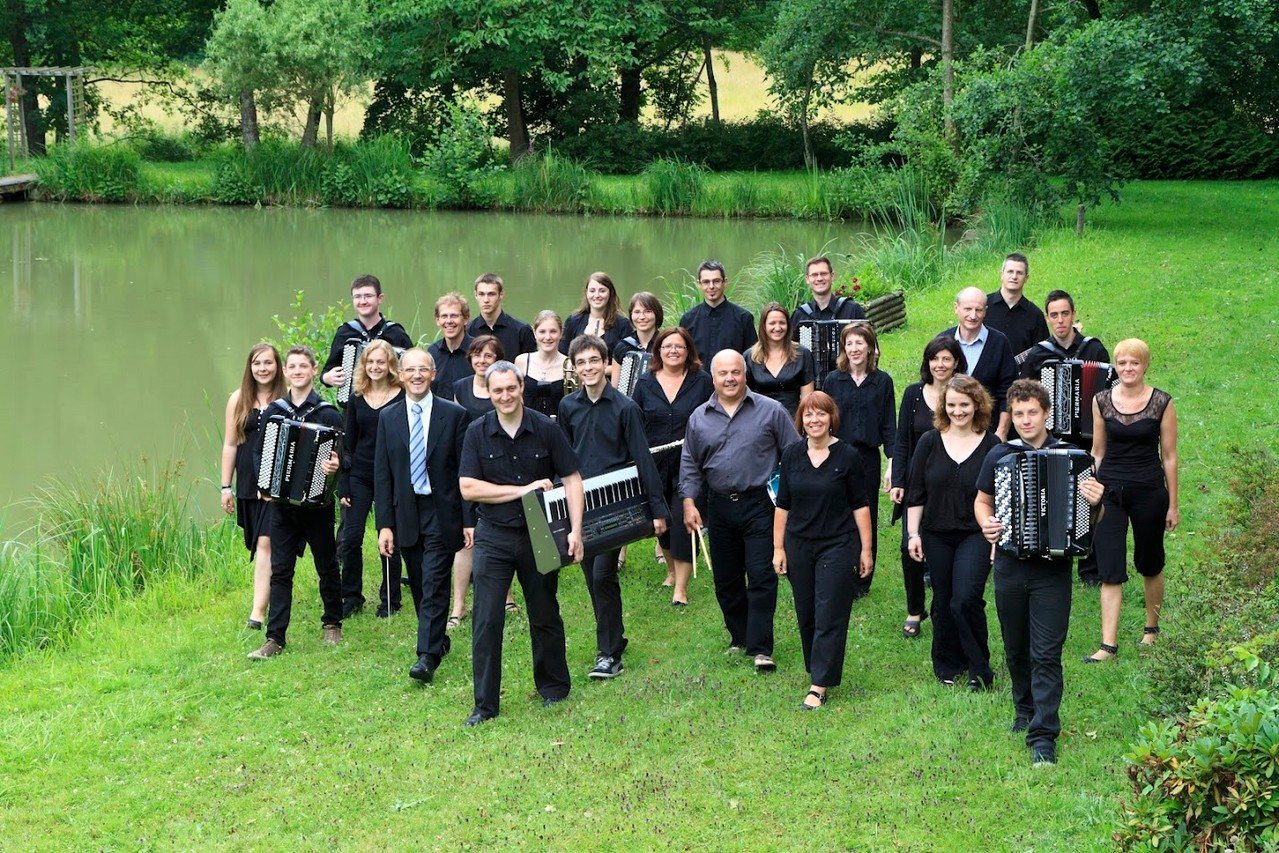 2012 : Photo de l'orchestre a Bisel