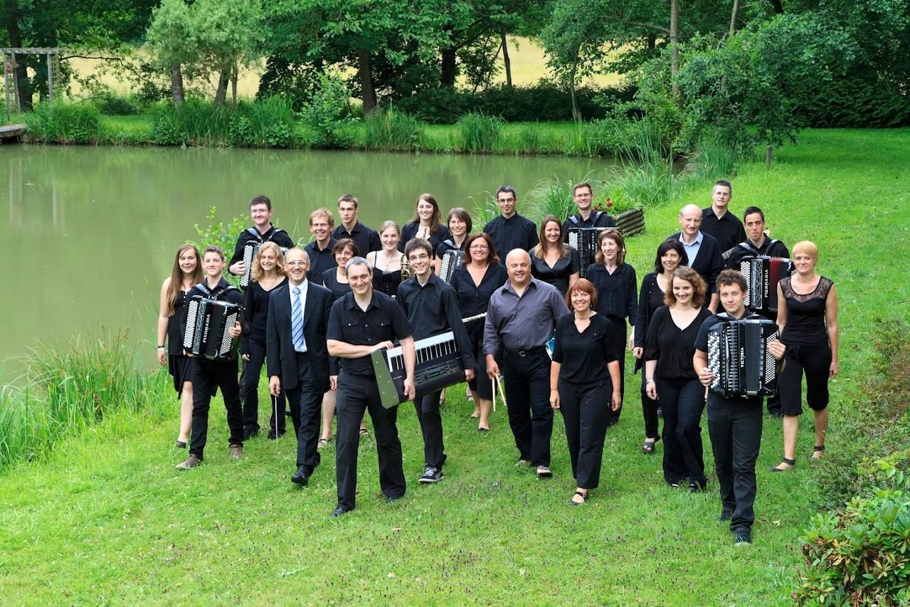 2012 : Photo de l'orchestre a Bisel