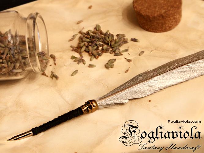 Skull Quill pen