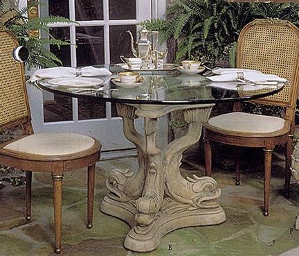 tavolino con base a colonna