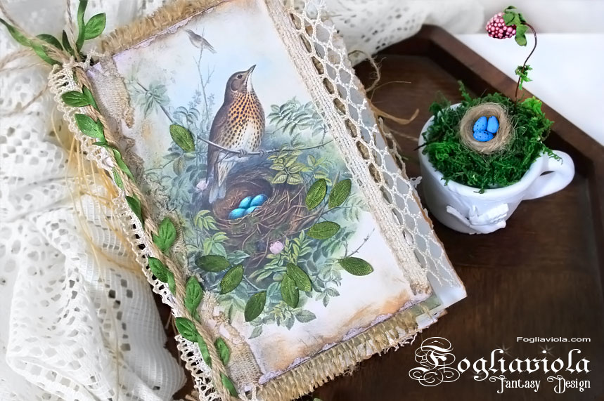 Bird Scrapbook, romantic lace junk journal