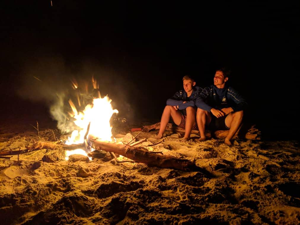 Freies Wochenende genießen, Camping Trip in den Gorge des Zambezis