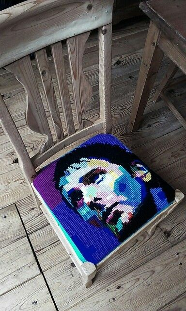 Rocking chairs Matt Bellamy