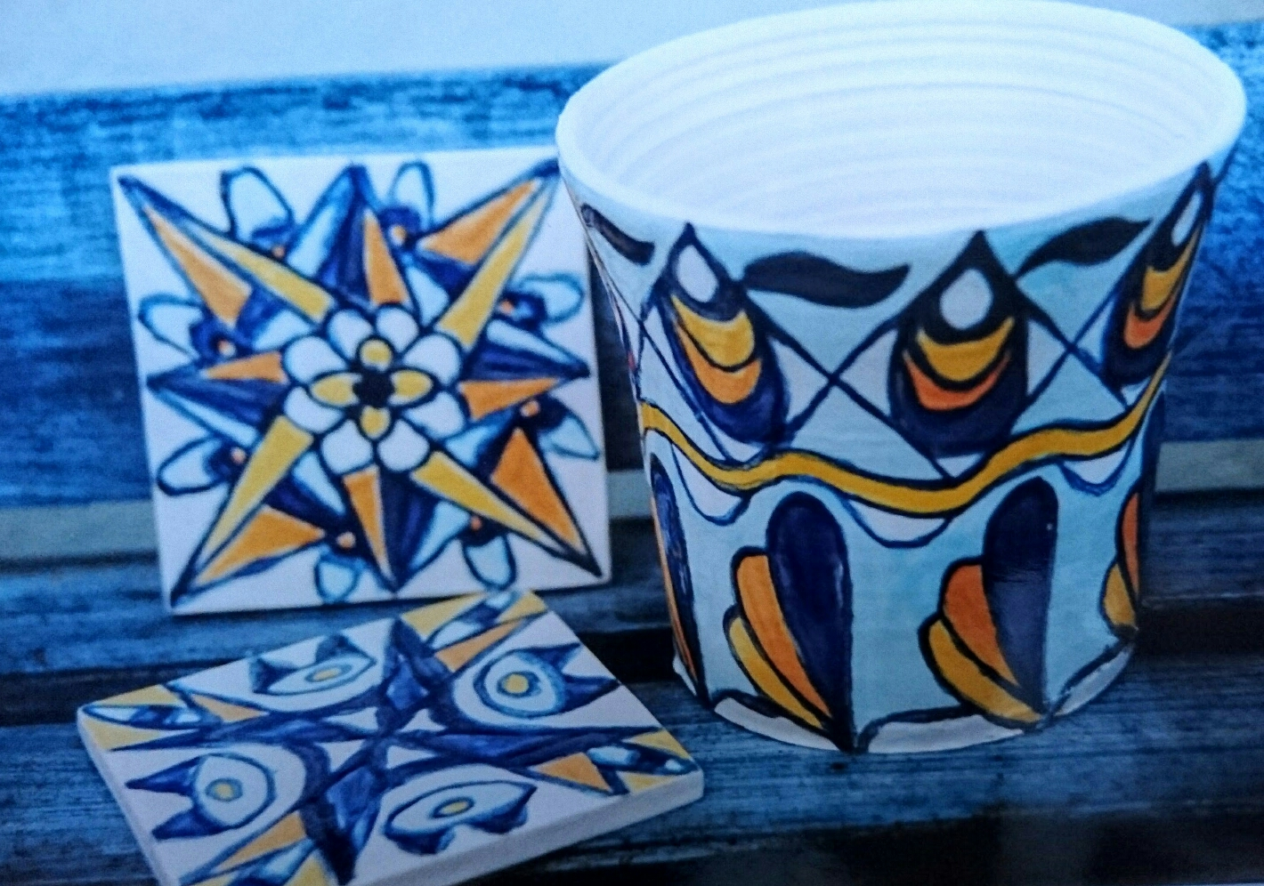 Tiles and pot azuleijos