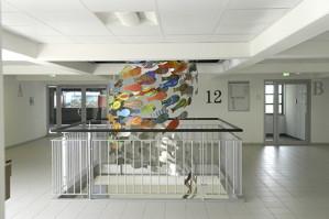 """Installation """"Schwarm"""" im Sireo Verwaltungsgebäude, Heusenstamm"""