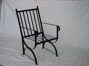 Stuhl schwarz lackiert