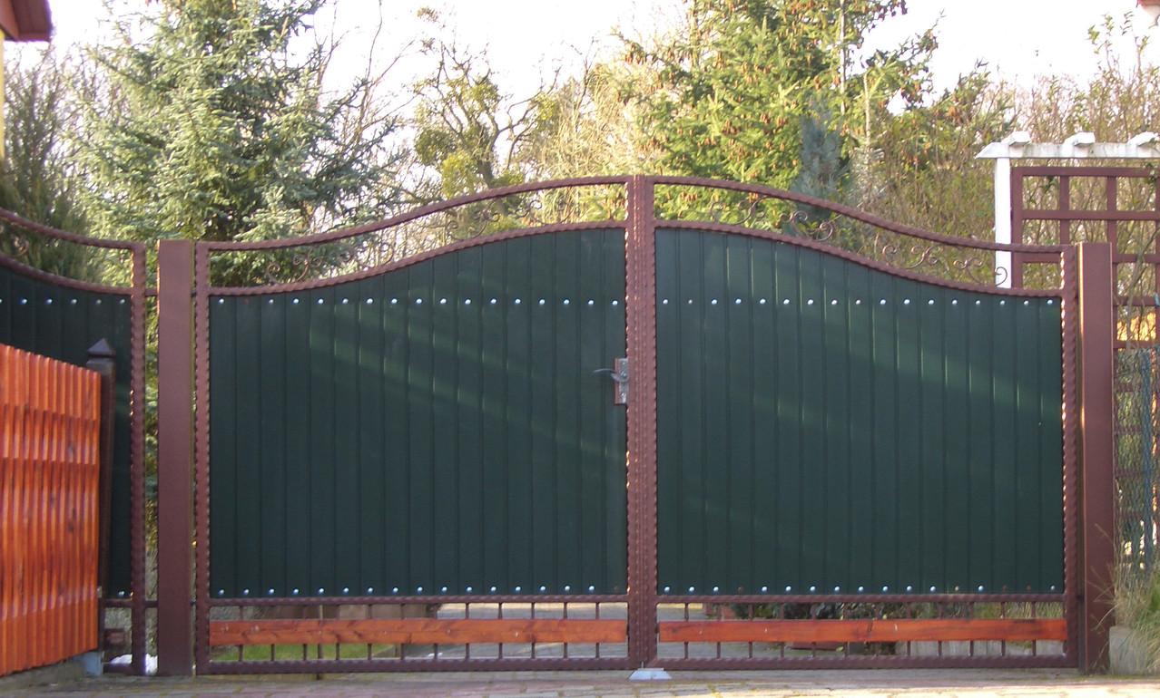 Hoftor pulverbeschichtet Kupfer mit Kunststofffüllung grün