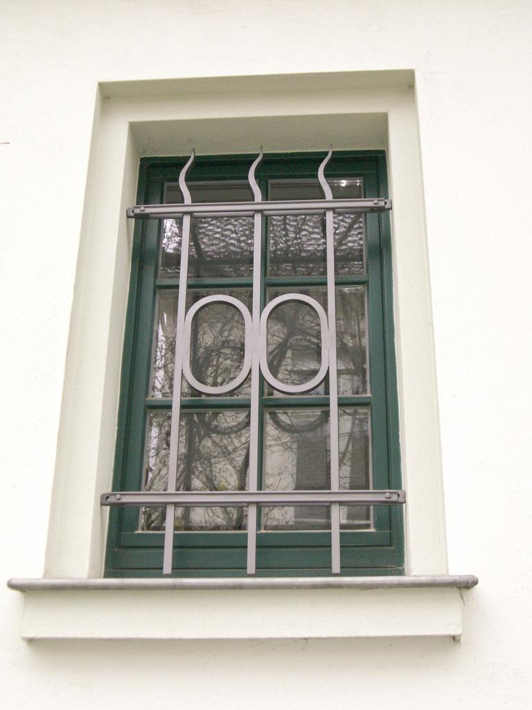 Fenstergitter vezinkt