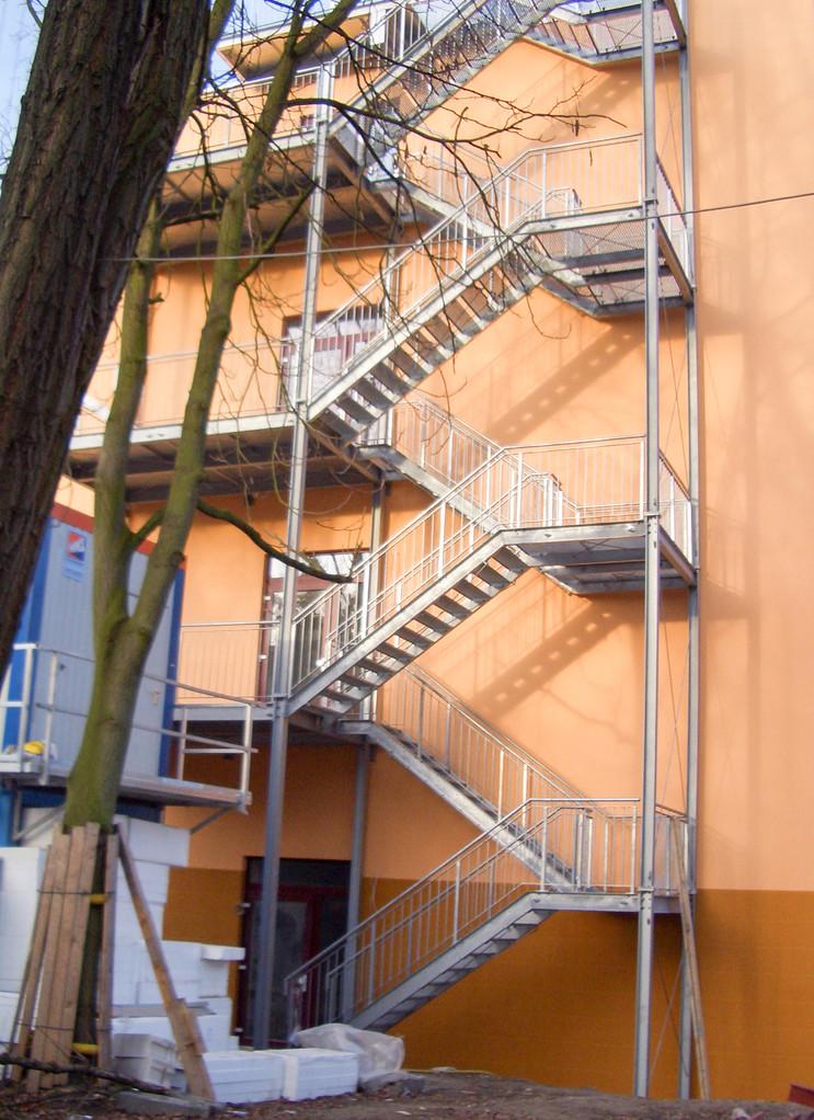 Außentreppe Fluchttreppe verzinkt