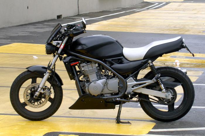 Kawasaki Er 5 Fake