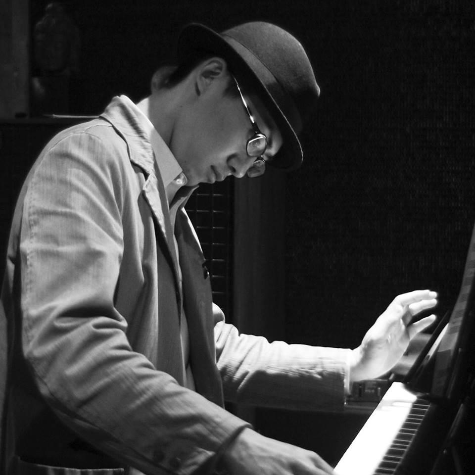 ピアノ 山田亮