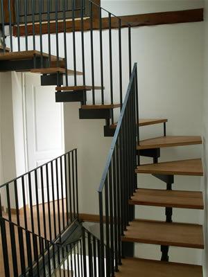 escalier acier-bois