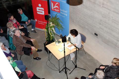 Petra Auernhammer ist die zweite Autorin des Abends