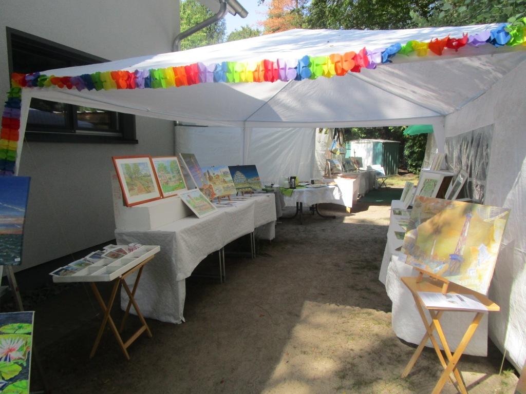 Kunst im Zelt