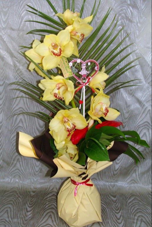 BE9-cymbidium jaune