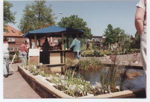 Vorschläge zur Gestaltung eines Feuchtgebietes im eigenen Garten auf dem Blumenmarkt 1989 in Wiesmoor