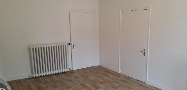 1er étage : Chambre de 14 m² communicante