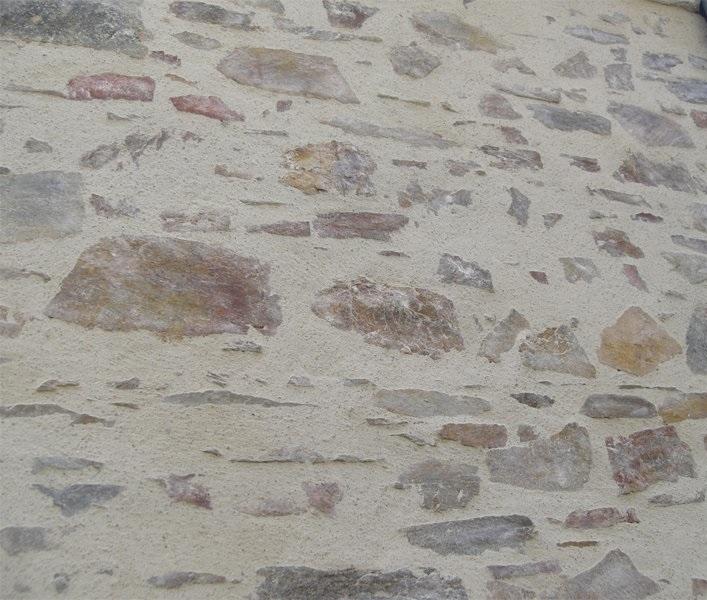 Épaisseur des murs extérieurs 65 cm en granit