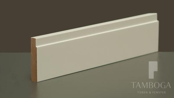 sockelleisten aus mdf 39 bauhaus 39 wei tamboga t ren fenster k ln lieferung und montage. Black Bedroom Furniture Sets. Home Design Ideas