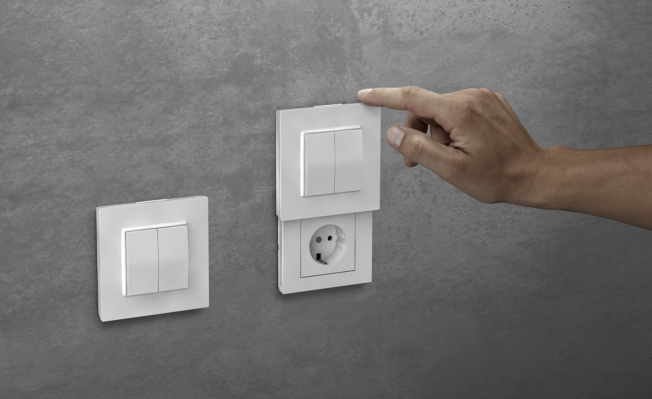 The innovative socket with Friends of Hue light switch - DIE