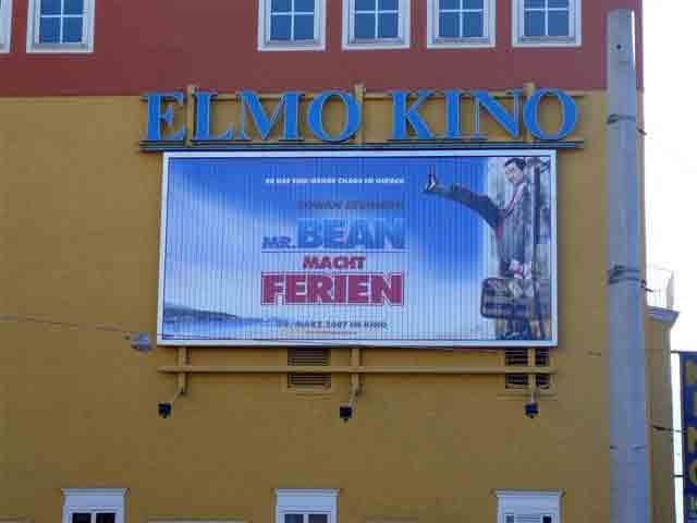 Elmo Kino Salzburg - Bsp: Outdoor  Wandmontage 8 x 4 m
