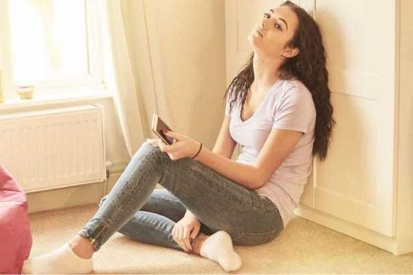 Советы, стоит ли звонить мужчине первой, если он не звонит: как поступить