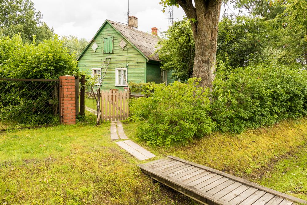 Typisches Lettisches Holz-Wohnhaus