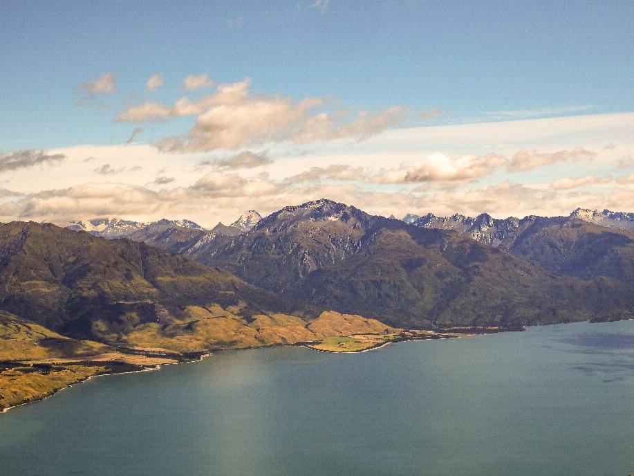 Die andere Seite mit Mount Aspiring National Park und Lake Wanaka