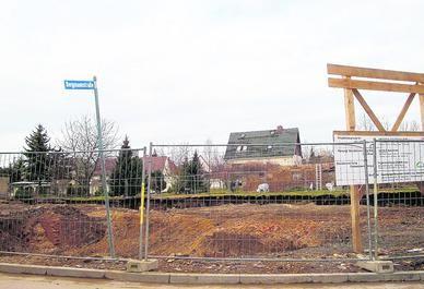 So sieht gegenwärtig die Fläche für den zukünftige Erinnerungspark der verlorenen Orte aus. Fotos: Detlef Bergholtz