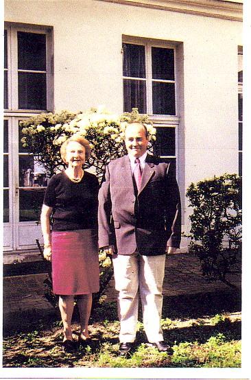 Mme Geneviève DE GALLARD et Patrick PREVOST, membre AFCVM