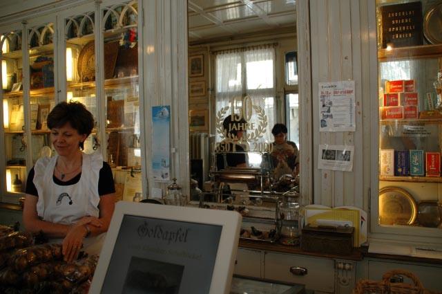 Einsiedeln Goldapfel Museum