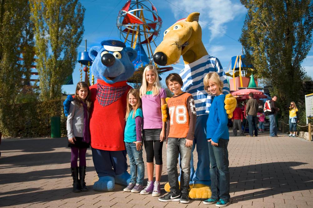 Käpt'n Blaubär und Hein Blöd stehen für das Ravensburger Spieleland