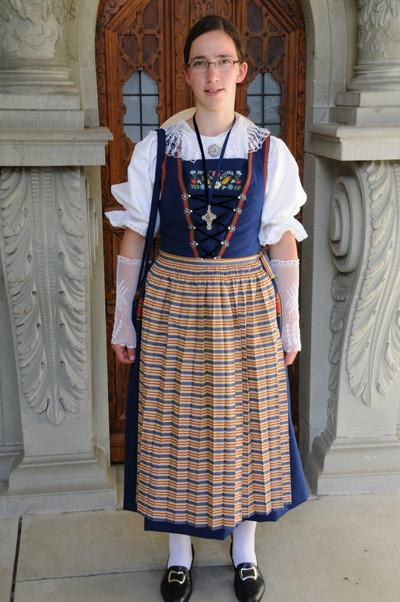 Luzerner Sonntagstracht Frauen