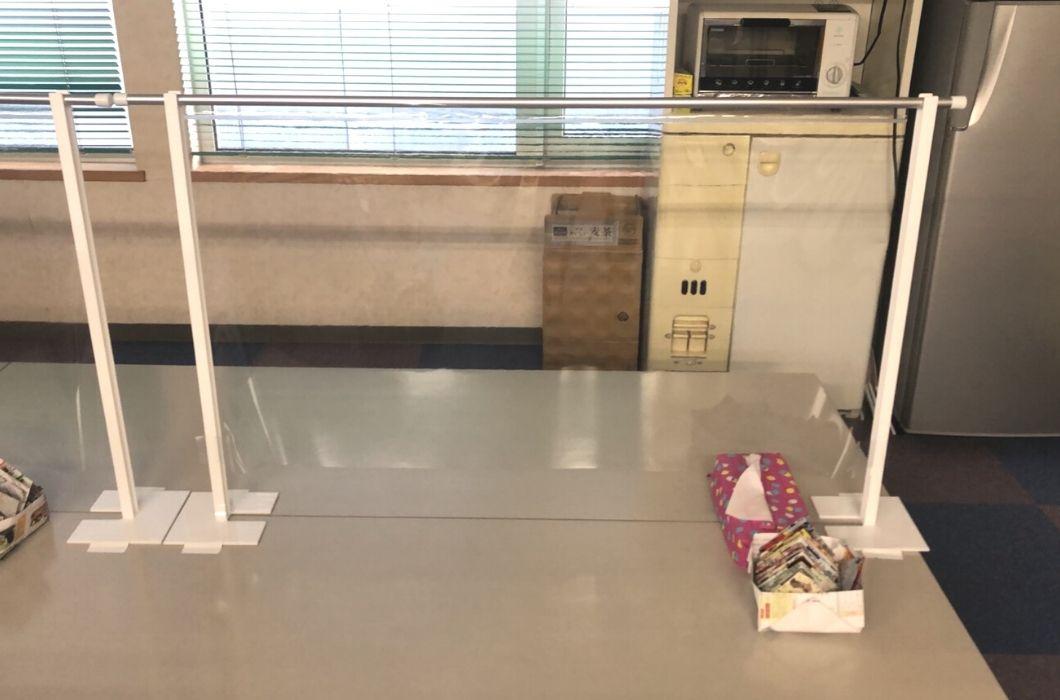 (有)ケアアシストオゾン洗浄機とアクリル板設置しました