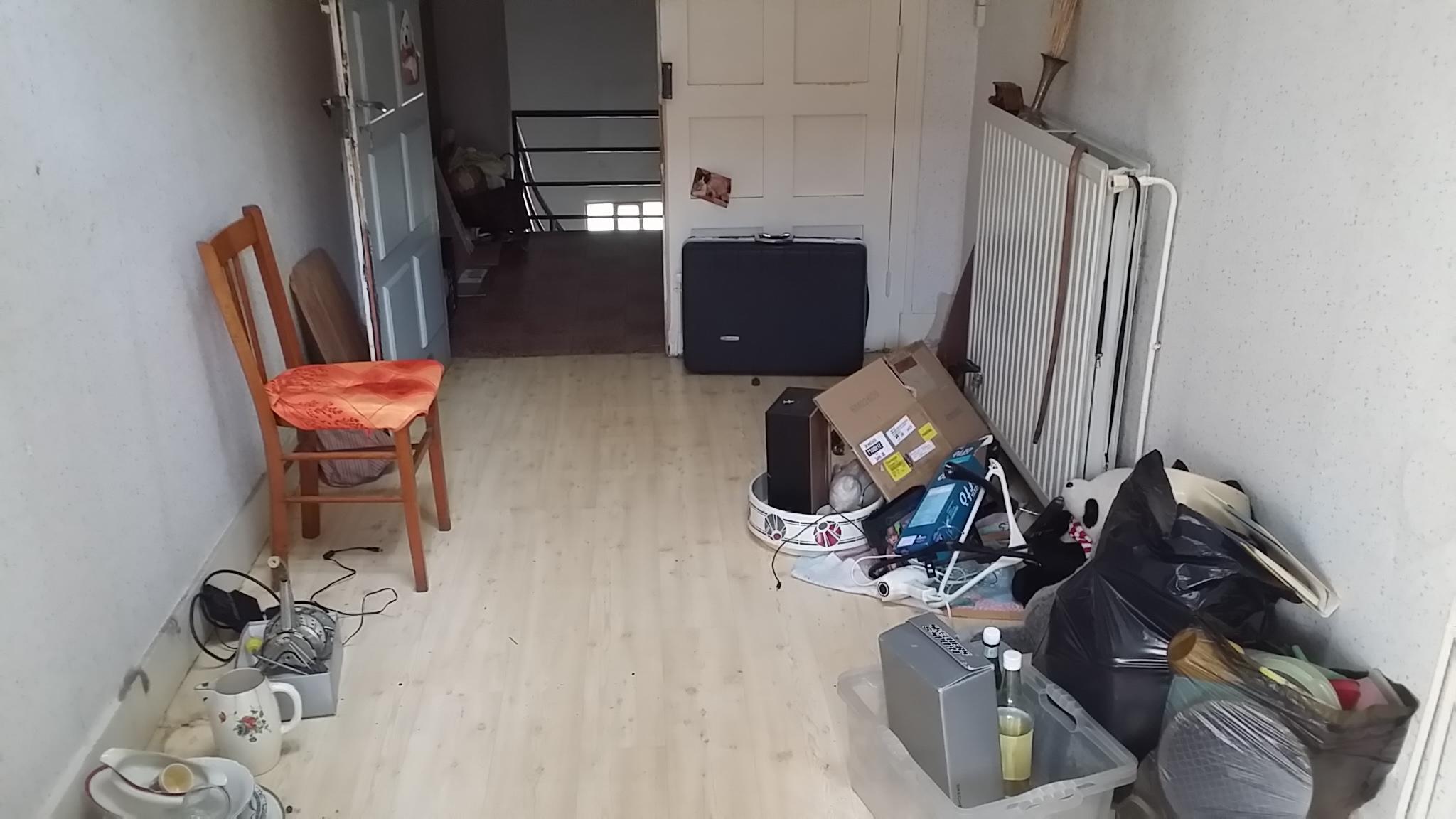 Après le déménagement, il reste encore quelques affaires...